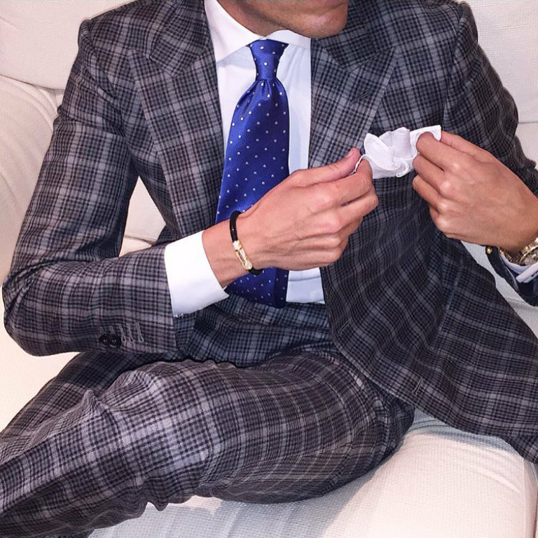 how-to-style-checked-patterned-suits-for-men-uk