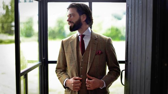 how-to-style-a-tweed-jacket-blazer-for-men