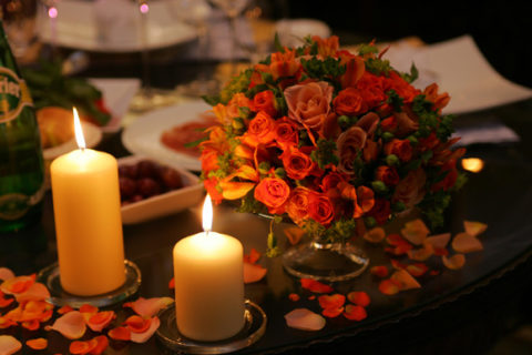 candle-lit-dinner-at-home-last-minute-valentines-day-ideas