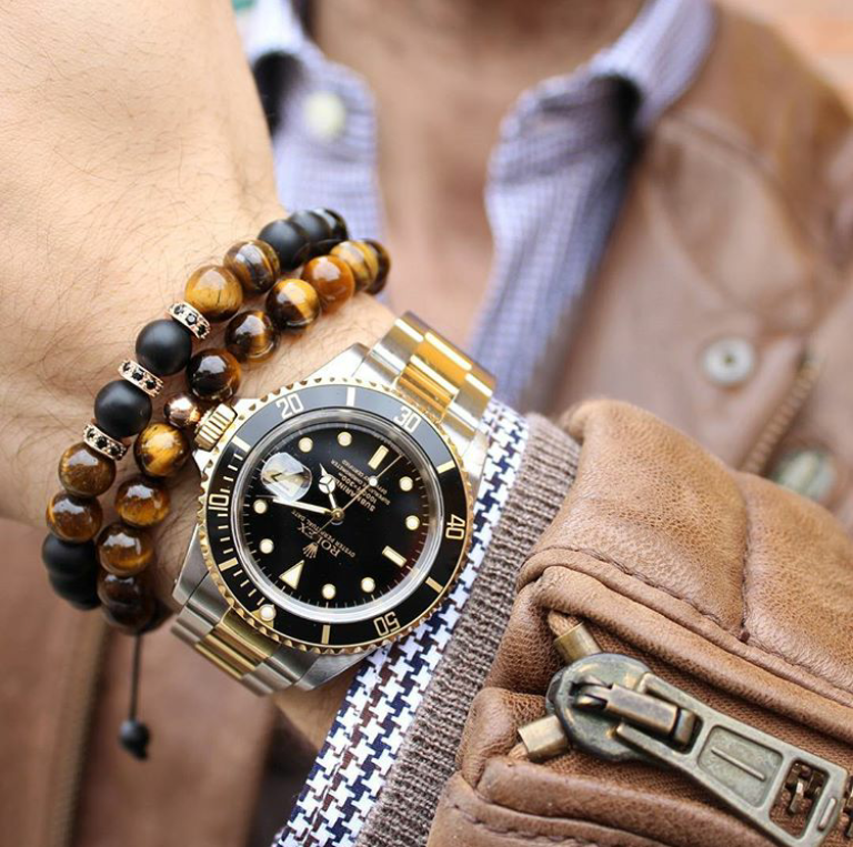 Brown Tiger Eye Mens Beaded Bracelets Guys Wearing