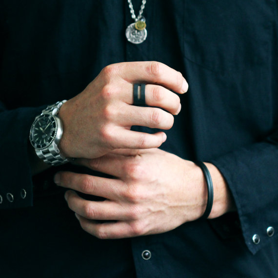 styling-mens-rings
