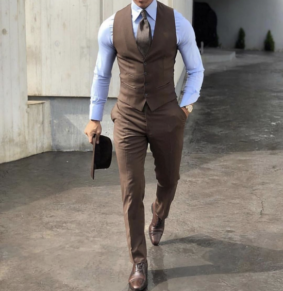 styling-brown-trousers-and-waistcoat-mens-business-professional-look-wear-2021