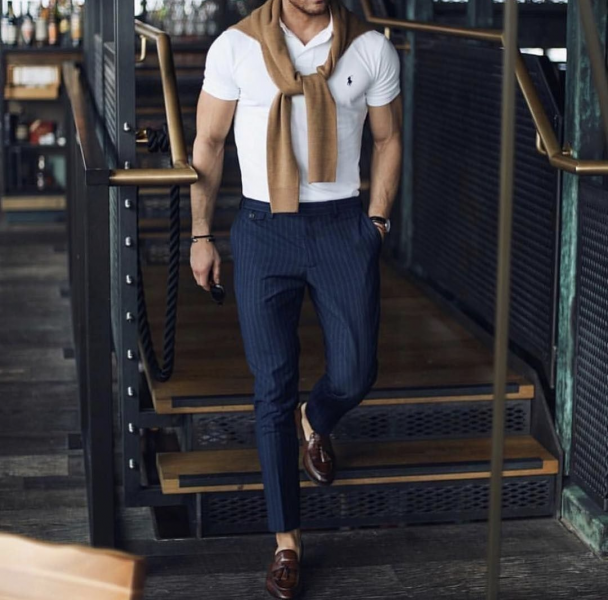 polo-shirt-trousers-loafers-mens-look-golf-outfit-look-trends-for-men