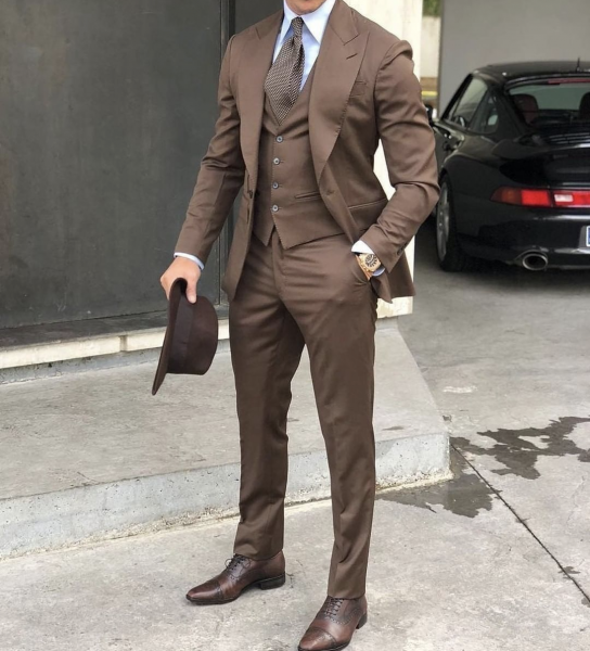 brown-mens-suit-and-waistcoat-how-to-style