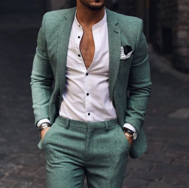 mens-business-casual-look-green-suit-how-to-style-wear-mens-fashion-trends-uk
