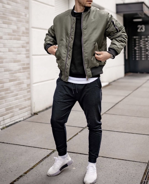 mens-casual-street-style-green-bomber-jacket-trackies-trainers-uk-fashion